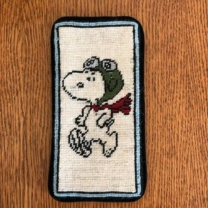 Accessories - Snoopy needlepoint sunglasses case